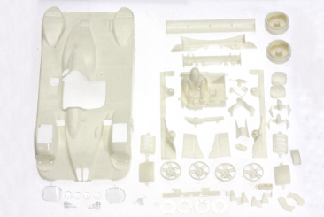 BMW V12 LMR body Kit 1/32